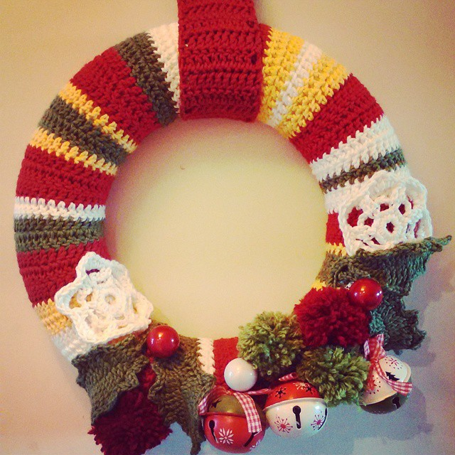 Can't quite get the light right but the #crochet #wreath is finished. Pleased with it #christmascrafts #share