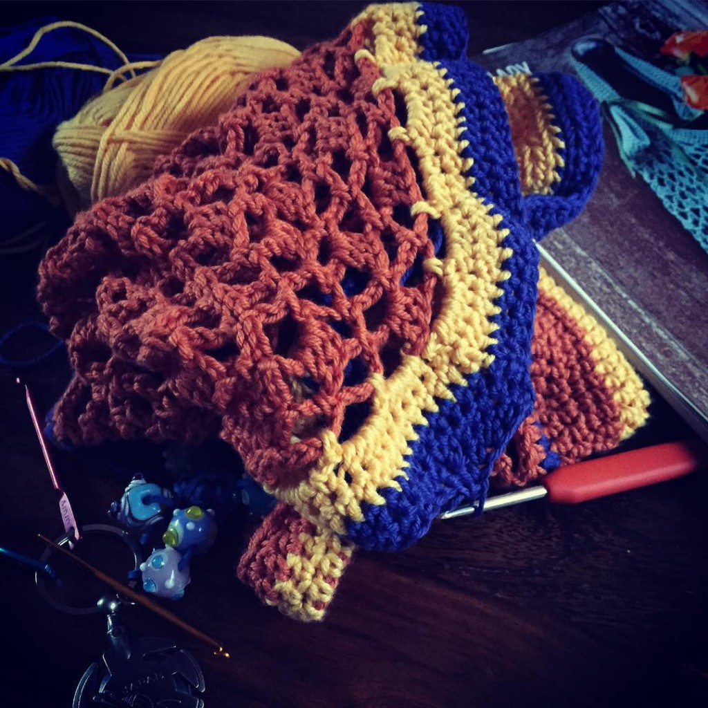 Really enjoying making this simplycrochetmag shopping bag in a varietyhellip